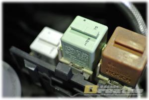 BMW E30 燃料ポンプの予防交換
