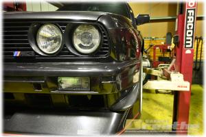 BMW E30 M3 電動ファン抵抗器の交換。