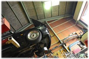 BMW E30 320iM4R KUROYON OIL 交換